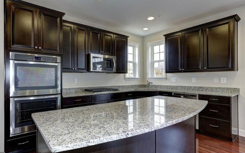 Modern kitchen with Santa Cecilia Light Granite