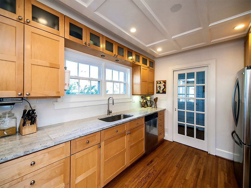 River White Granite Countertops (Pictures, Cost, Pros & Cons) on Kitchen Countertops With Maple Cabinets  id=56725