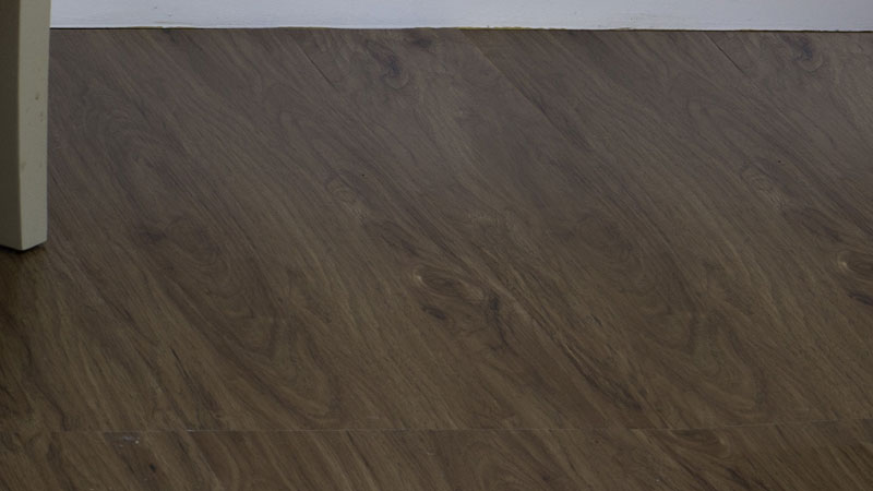 for those seeking a classic pattern and color look no further than this peel u0027nu0027 stick adhesive vinyl planks by achim importing co each plank