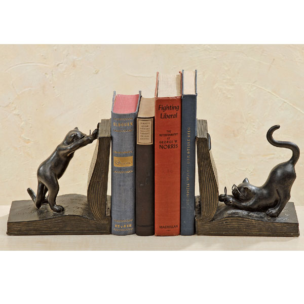 Buchstützen Katze