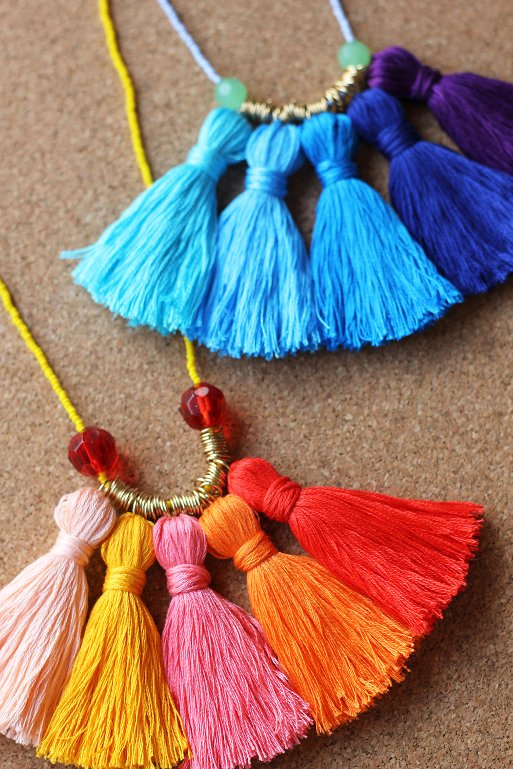 diy-tassel-necklace-16