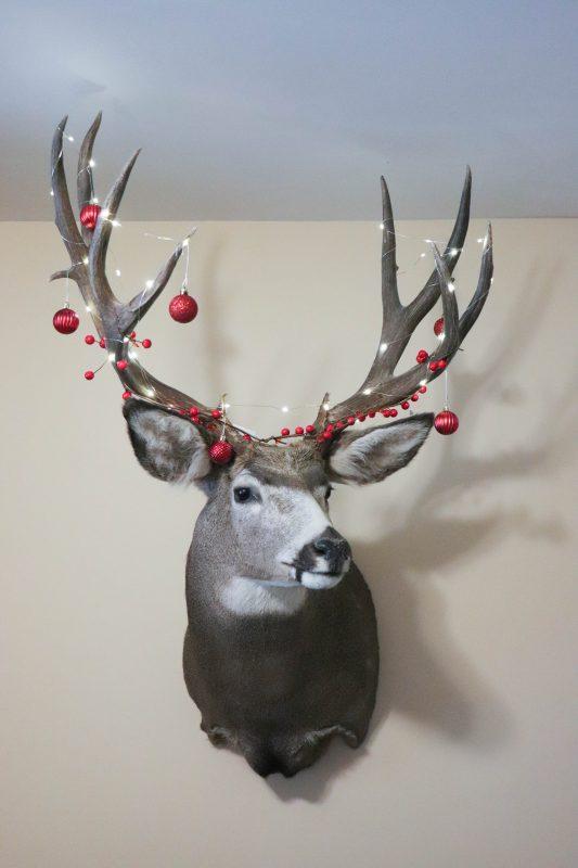 red buffalo check deer christmas tree