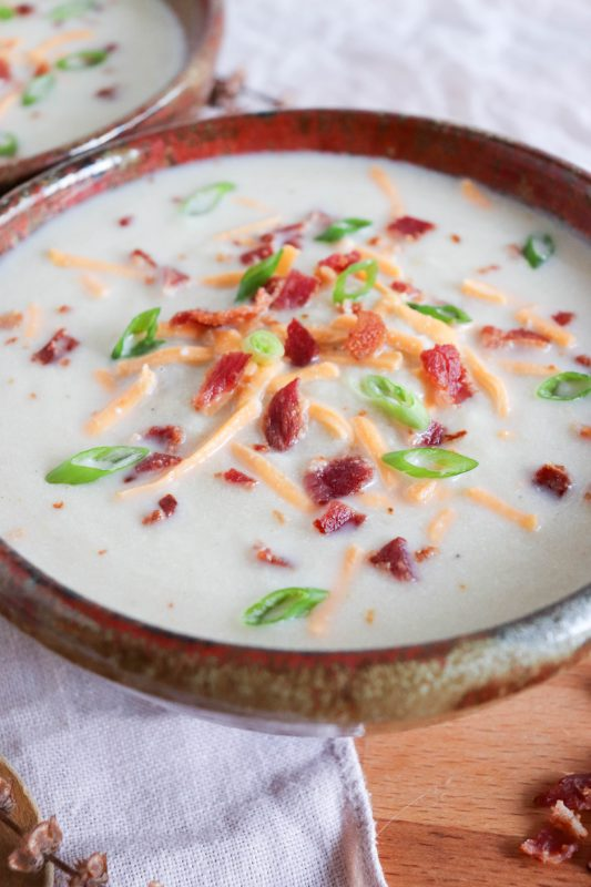 creamy keto cauliflower and bacon soup