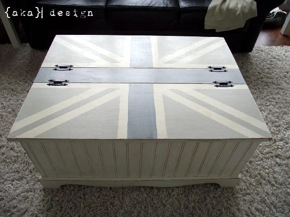 DIY Union Jack Coffee Table