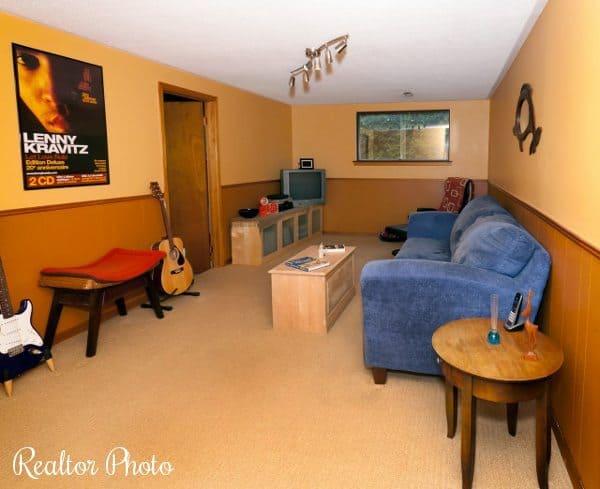 family room realtor photo