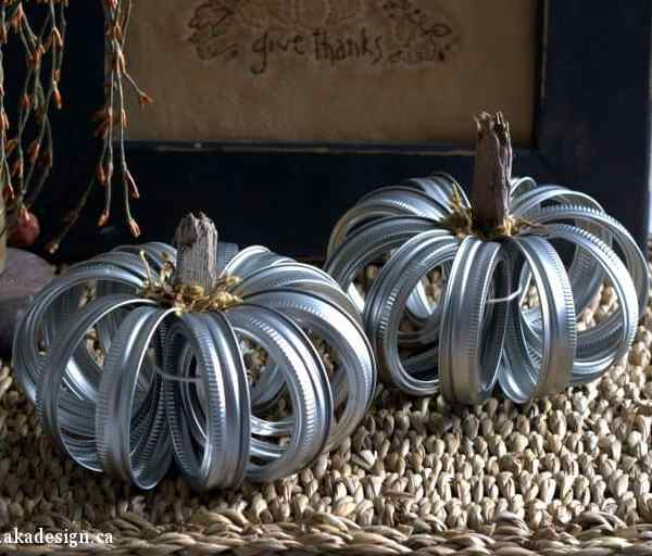 How to Make Farmhouse Rustic Mason Jar Lid Pumpkins