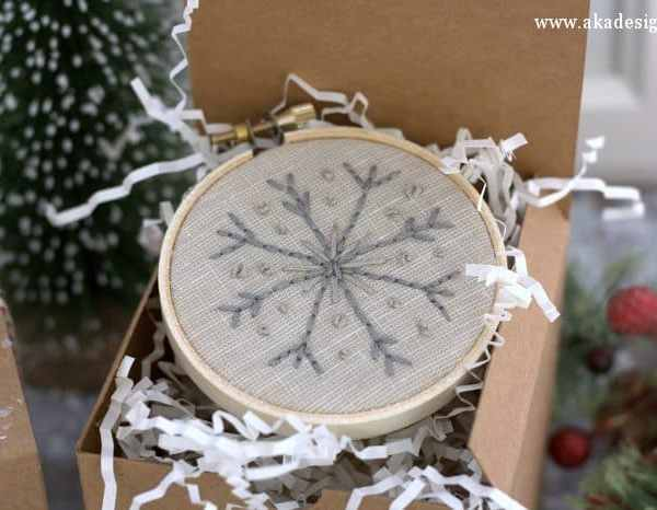 How to Make Your Own Easy Snowflake Embroidery Hoop Ornaments