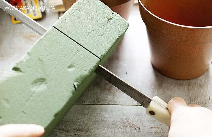 cutting floral foam