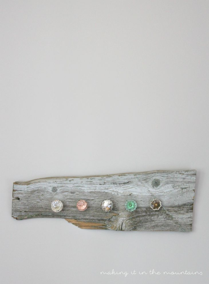 DIY Barnwood Jewelry Hanger