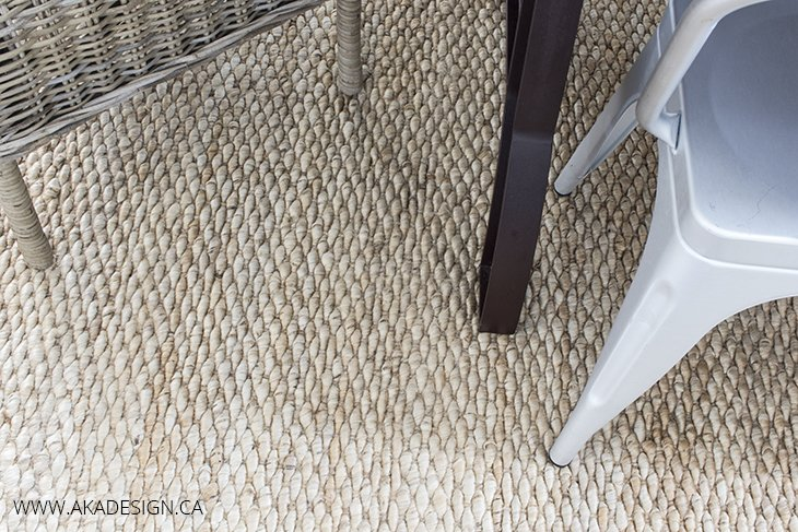 Home Made Lovely Dining Room Rug Detail