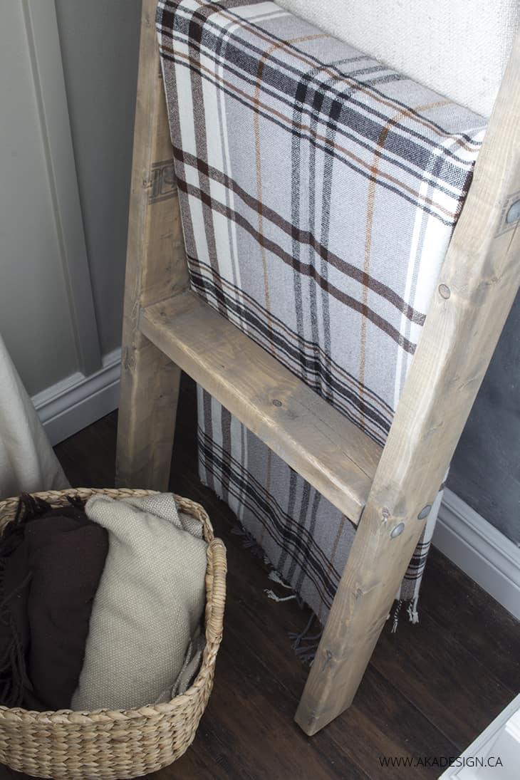 2x4 blanket ladder