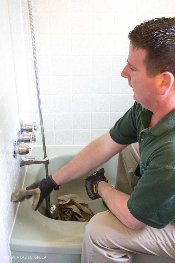 Jamie explaining plumbing
