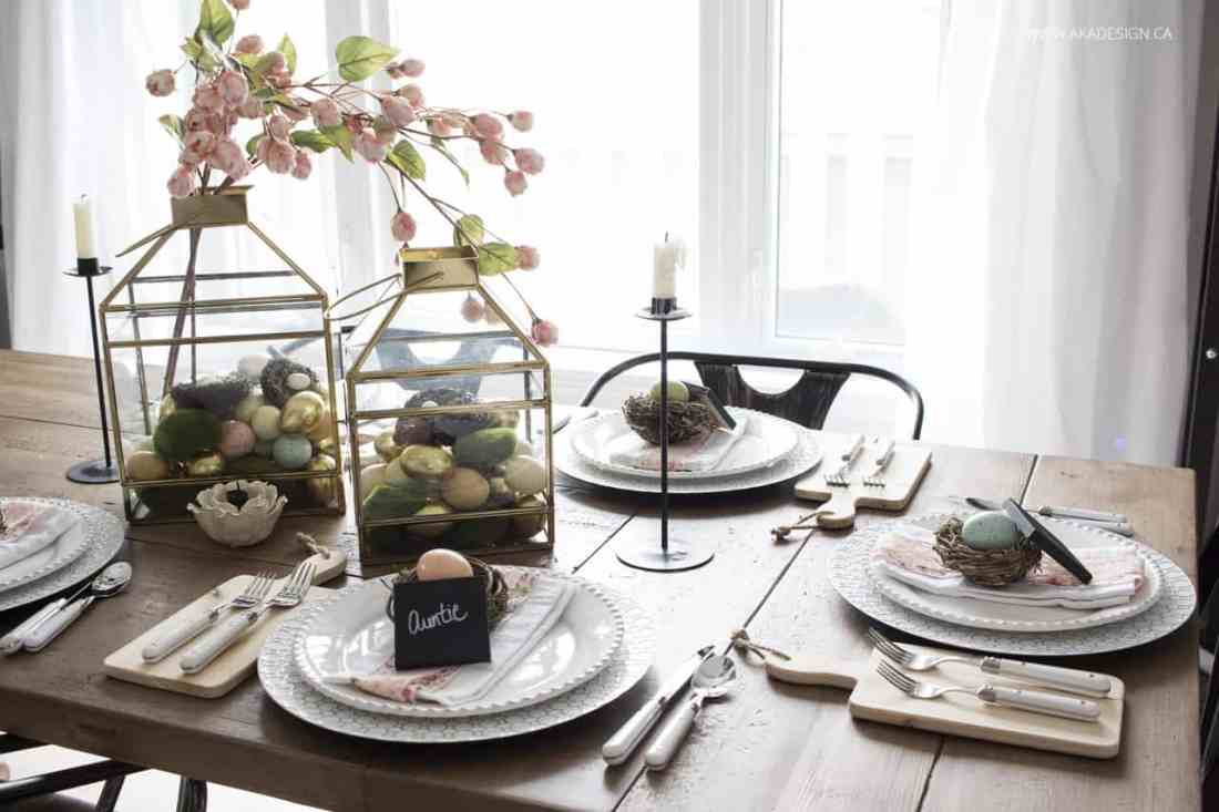 Feminine Easter Table Ideas