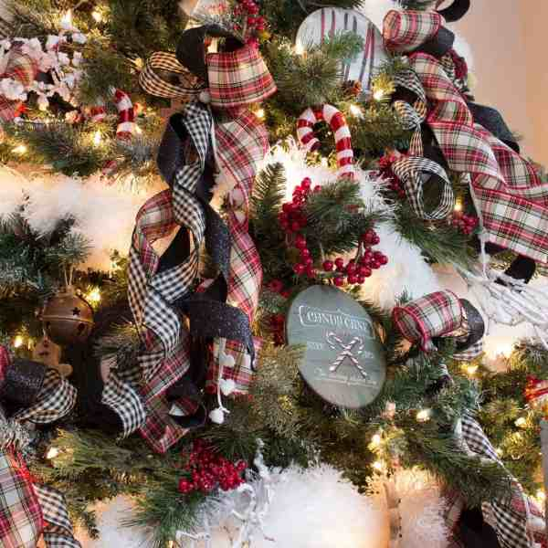 Farmhouse-Nostalgic-Christmas-Tree-Ornaments