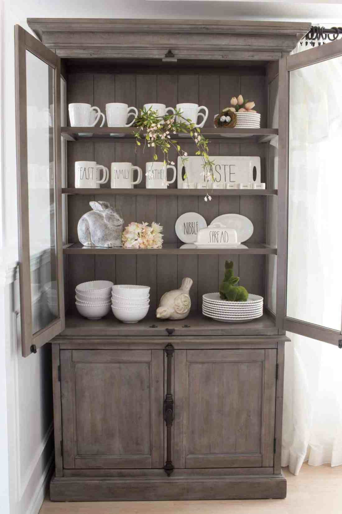Dean and Shannon's (from HomeMadeLovely.com) suburban farmhouse dining room reveal.