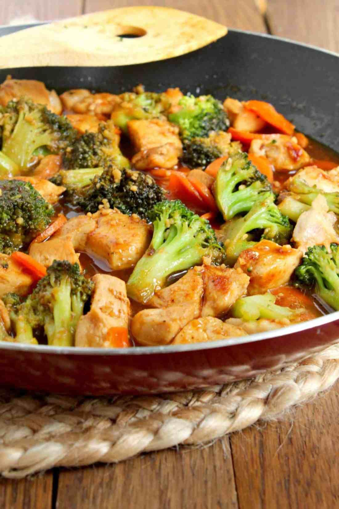 honey garlic stir fry in a red pan