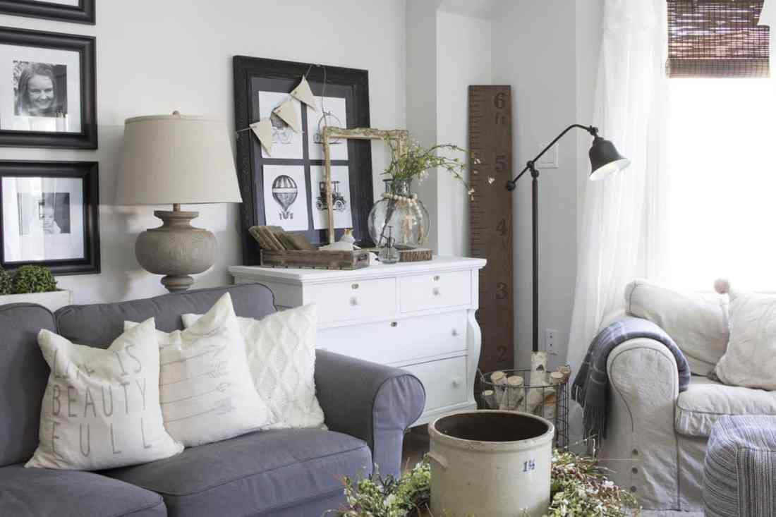 Home Made Lovely summer living room