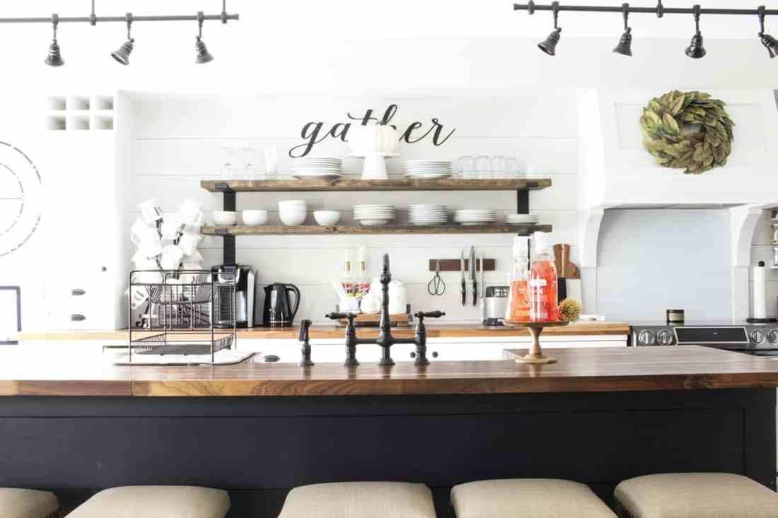 Kitchen center