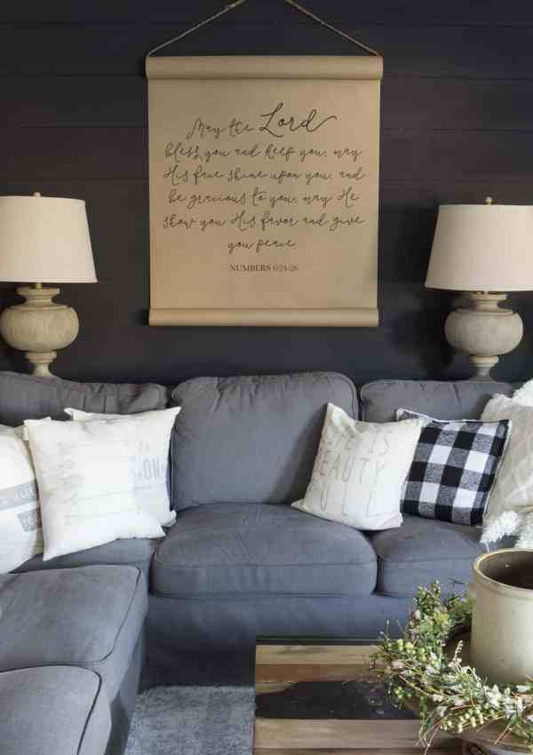 How to DIY a Shiplap Wall the Cheap and Easy Way!
