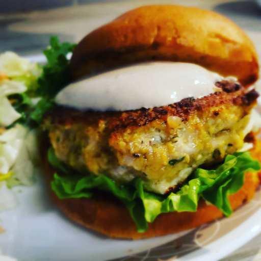 Balsamic Dill Chicken Burger