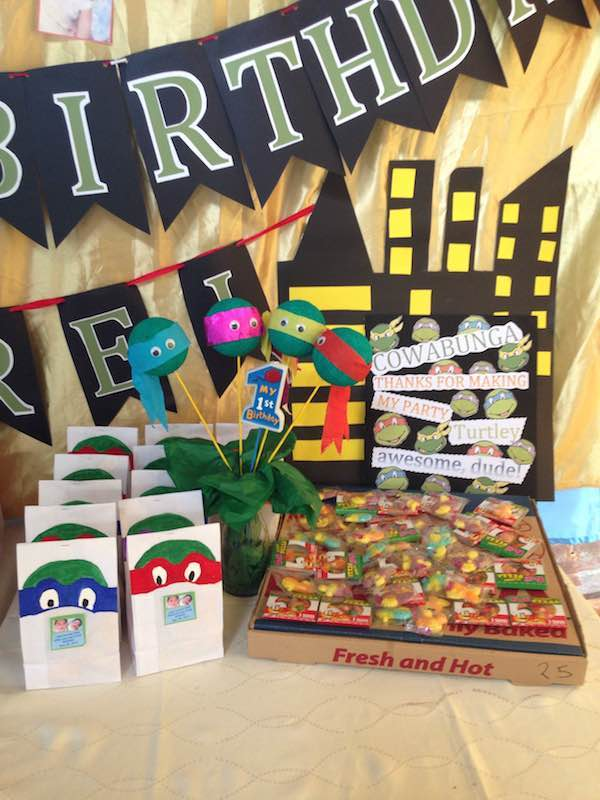 Homemade Parties DIY Party_Teenage Mutant Ninja Turtles Party_Andrei14