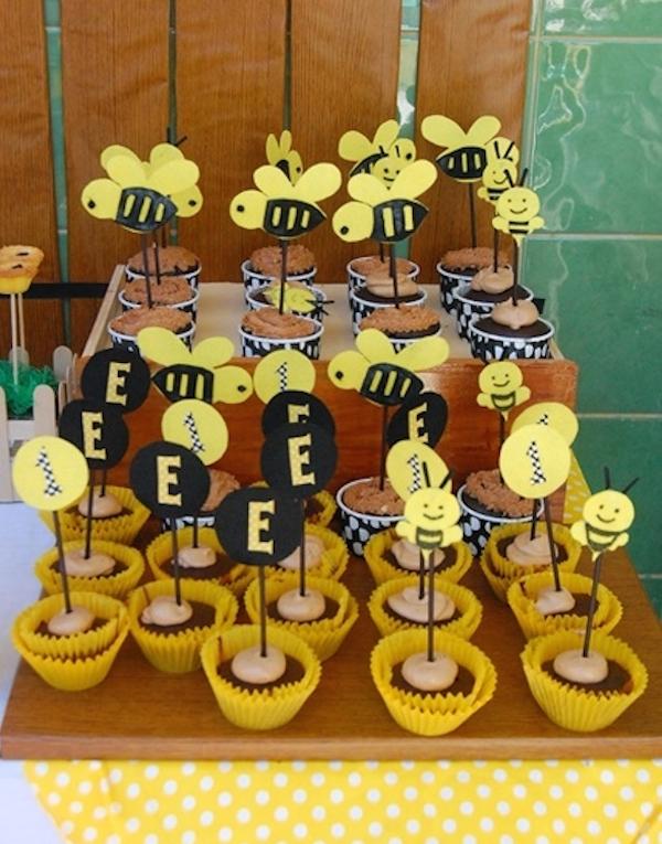 Homemade Parties_DIY Party_Bee Party_Elijah07