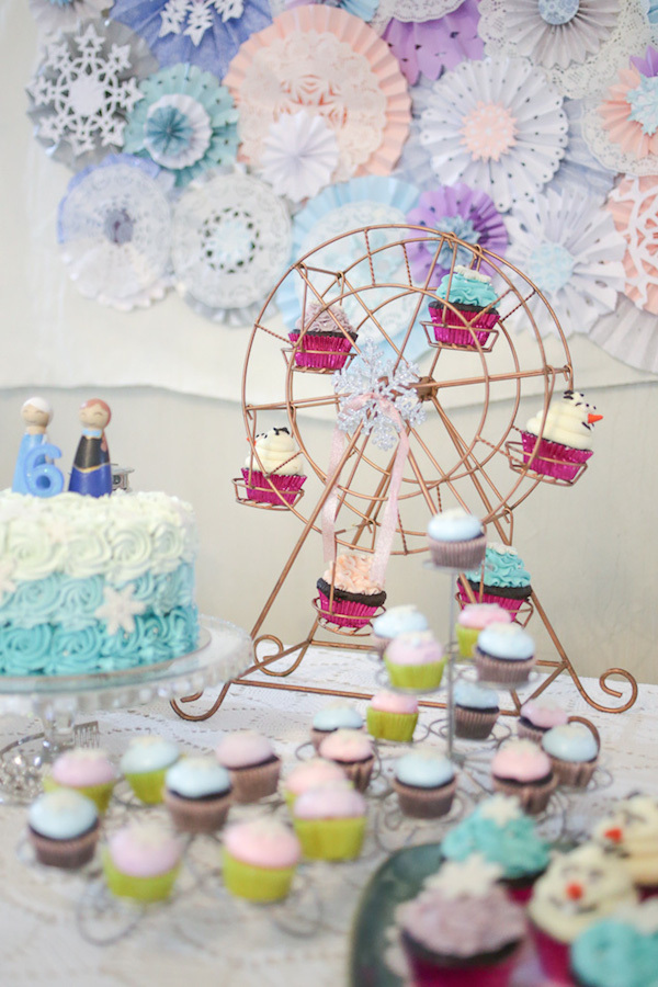 Homemade Parties_DIY Party_Frozen_Sky16