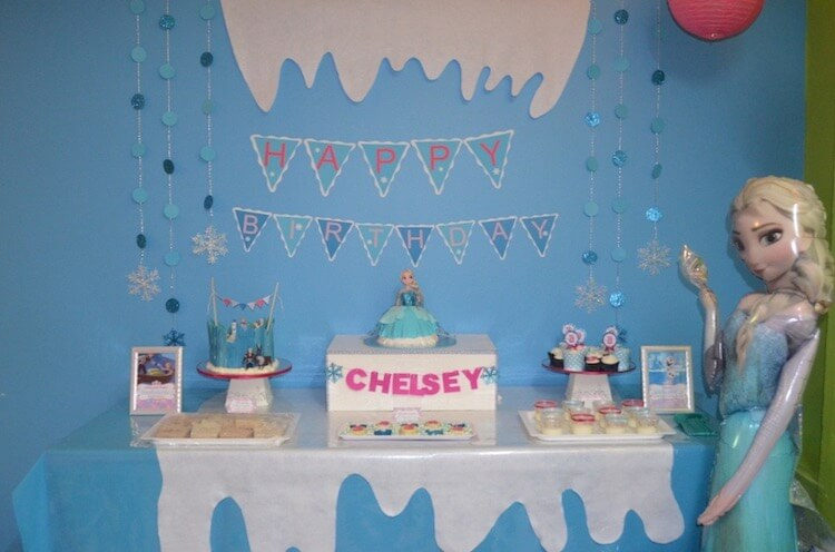 Homemade Parties_DIY Party_Frozen Party_Chelsey10
