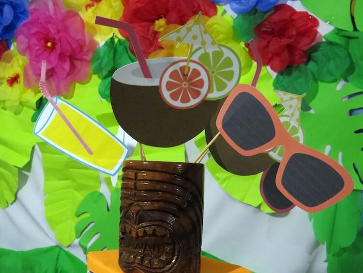 Homemade Parties_DIY Luau Party_Santos12