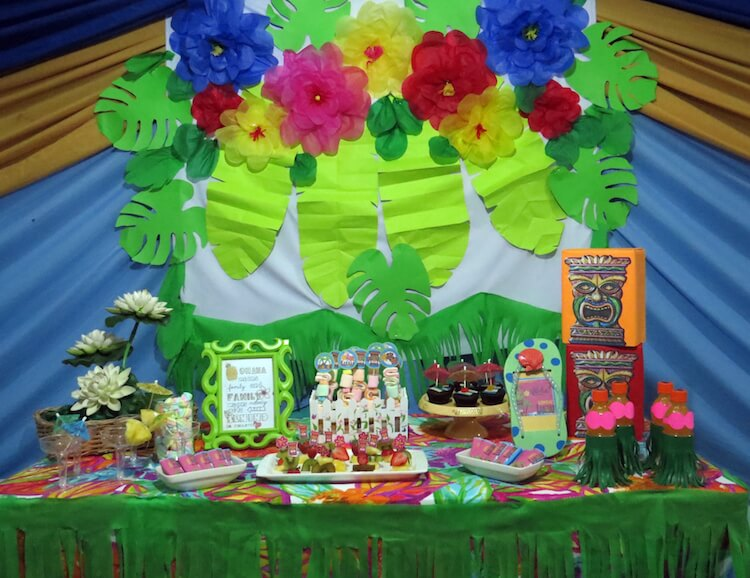 Homemade Parties_DIY Luau Party_Santos13