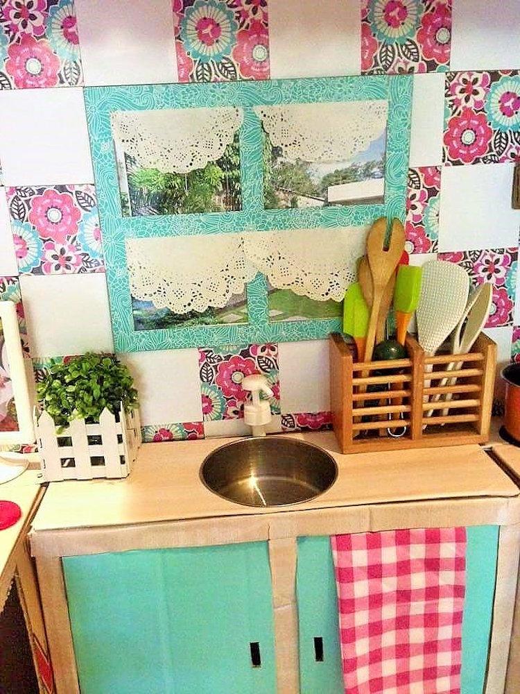 DIY Cardboard Kitchen Cafe Pantry Playset22