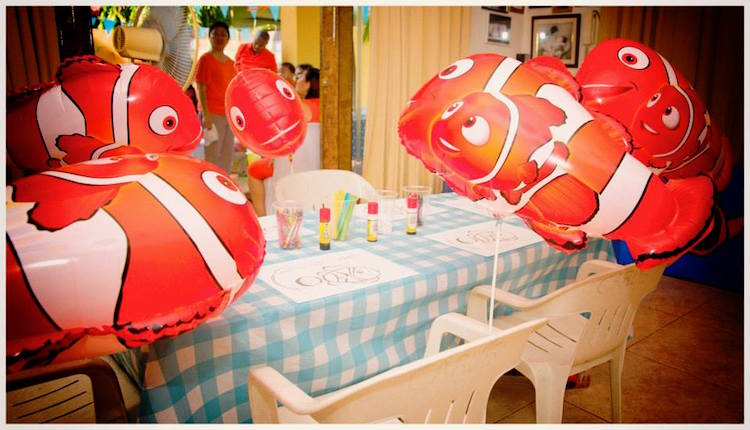 Homemade Parties DIY Finding Nemo Dory _ Russel10