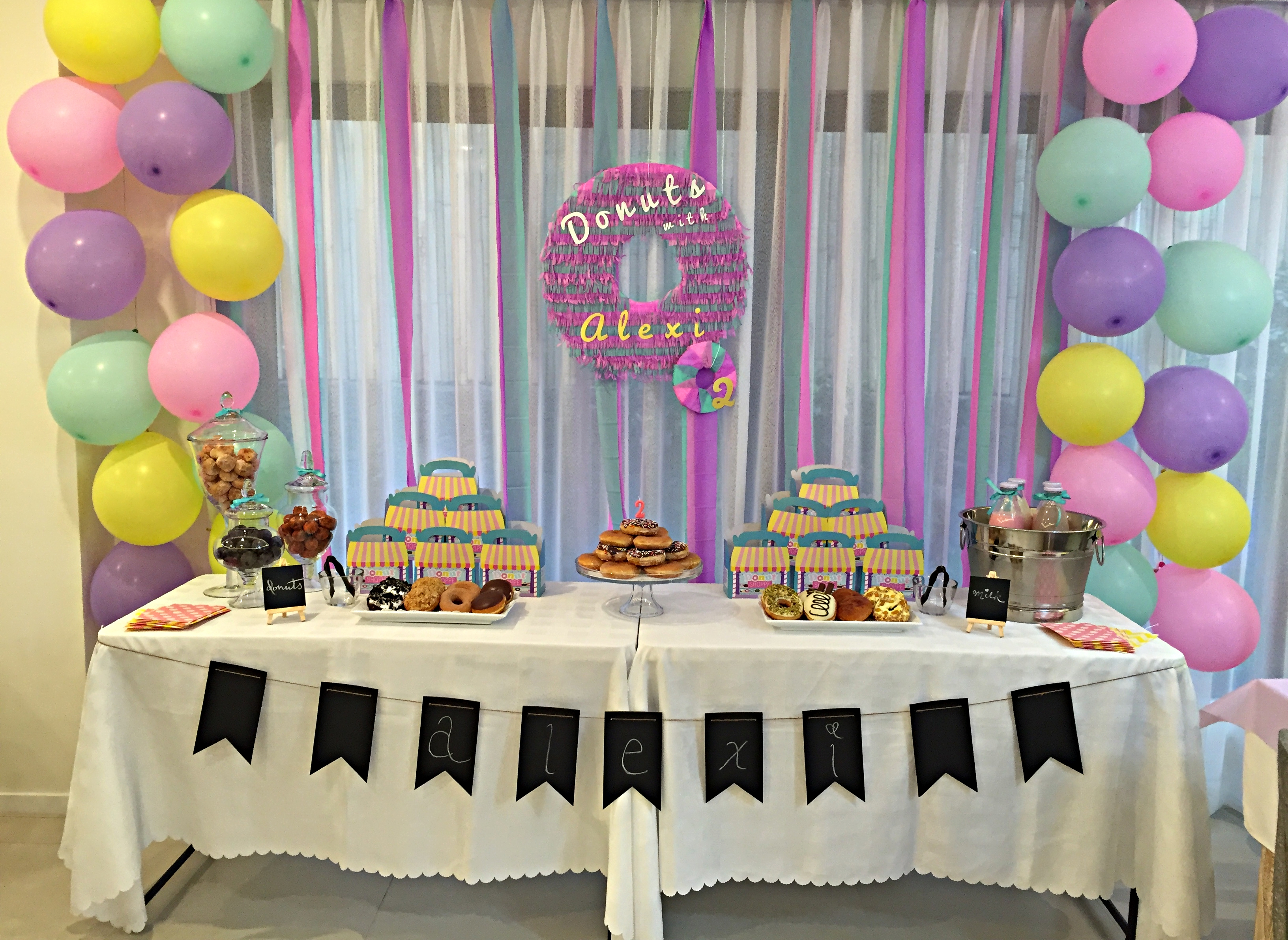 Homemade Parties DIY Party _ Donut Party _ Alexi08