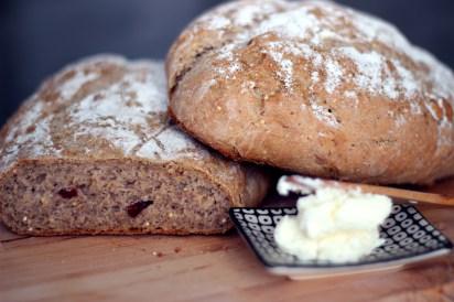 grovt bröd