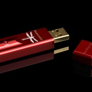 AudioQuest DragonFly Red Portable USB DAC & Headphone Amplifier 1