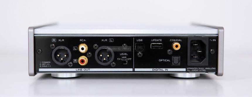 teac-ud-301-usb-dac-teszt-csatlakozo