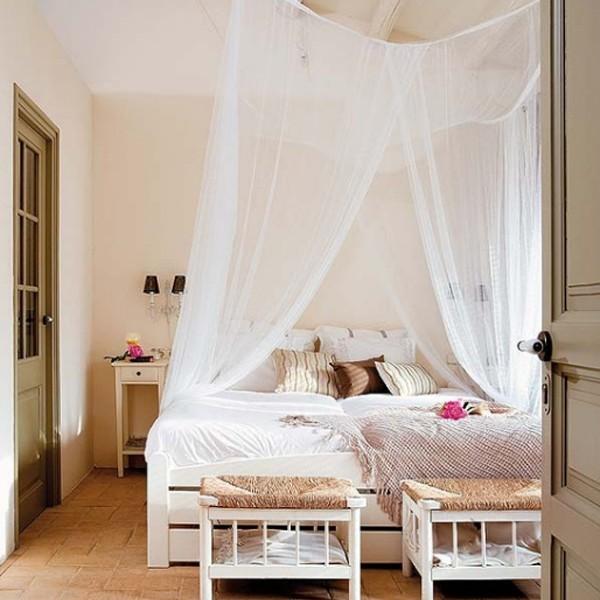 Top 15 White Bedroom Decorations