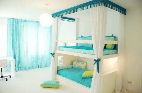 Double Bed With Bunk Bed Above Novocom Top