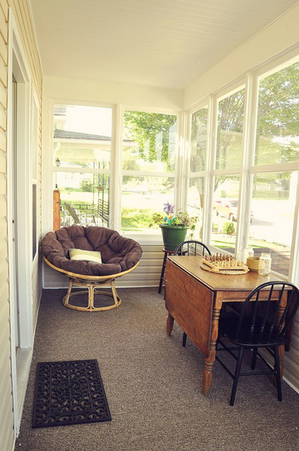 20 Small And Cozy Sunroom Design Ideas   Home Design And ... on Small Enclosed Patio Ideas id=70404