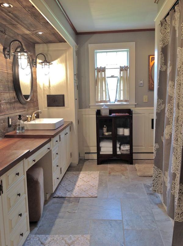 20 Cozy And Beautiful Farmhouse Bathroom Ideas   Home ... on Rustic Farmhouse Bathroom Tile  id=64930