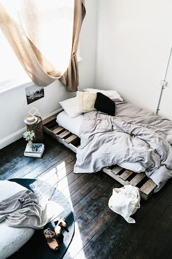 15 Simple DIY Bed Frames With Pallet Boards | HomeMydesign on Pallet Bed Room  id=46068