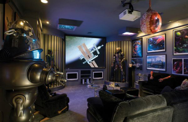While they started out with simple dots on a screen, they've evolved into incredibly realistic, immersive worlds. 25 Incredible Video Gaming Room Designs | HomeMydesign