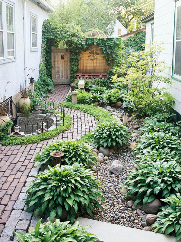 20 Lovely Backyard Ideas With Narrow Space | Home Design ... on Narrow Backyard Landscaping Ideas  id=25534