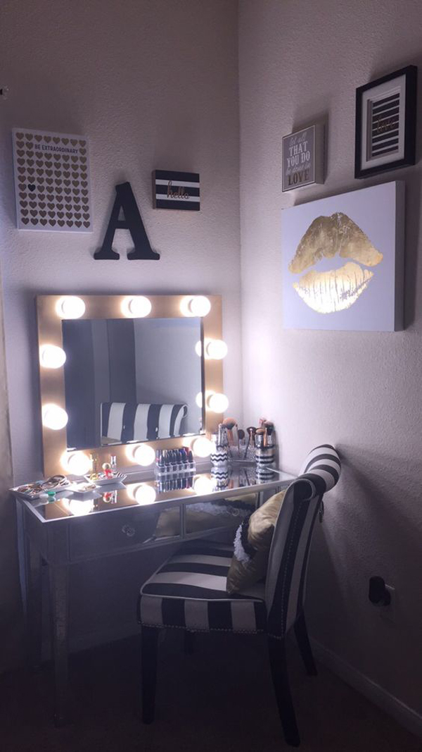 20 Modern DIY Makeup Organizers With Romantic Feel ... on Make Up Room Ideas  id=94373