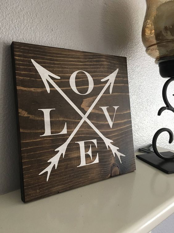 25 Super Romantic Wooden Signs For Valentine S Day Home