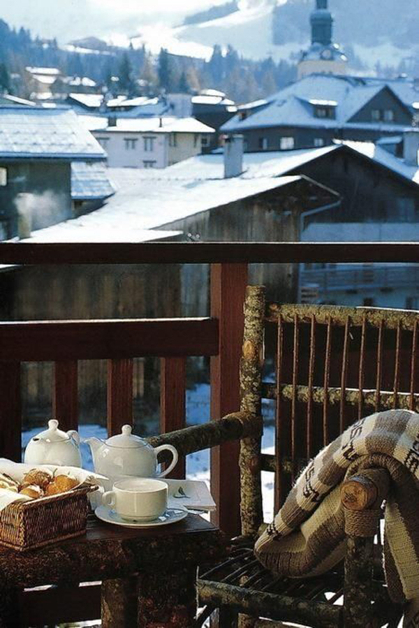 20 Most Cozy Balcony Ideas For Winter Season Homemydesign