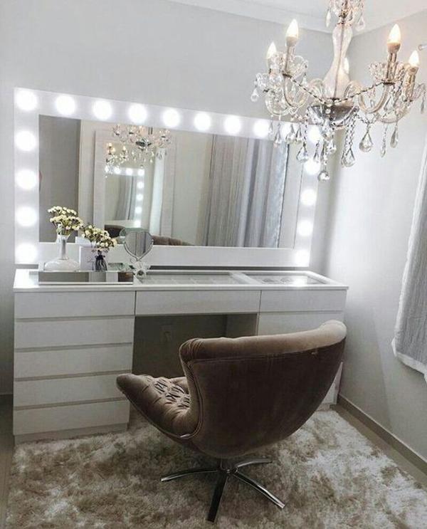 40 Feminine Makeup Room Ideas That Women Must Have ... on Makeup Room Ideas  id=58930