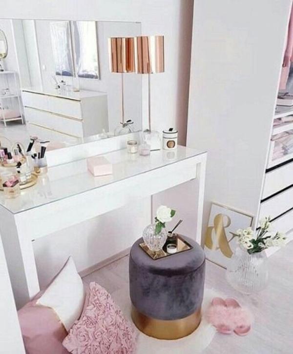 40 Feminine Makeup Room Ideas That Women Must Have ... on Makeup Room Ideas  id=88384