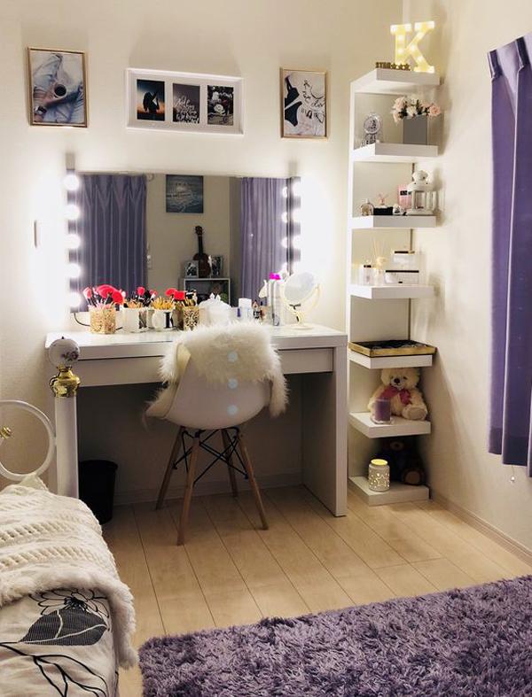 40 Feminine Makeup Room Ideas That Women Must Have ... on Makeup Room Ideas  id=78389