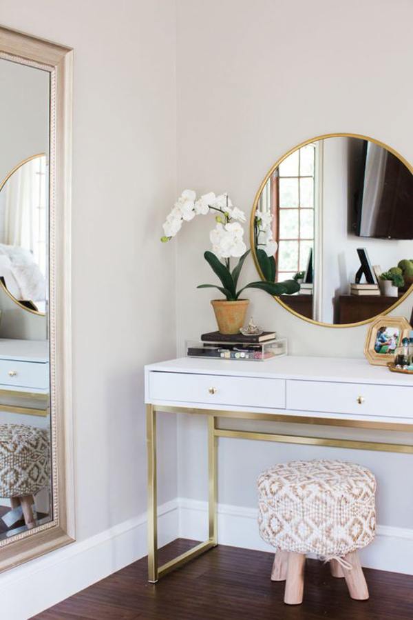 40 Feminine Makeup Room Ideas That Women Must Have ... on Makeup Room Ideas  id=27178